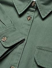 Tommy Jeans - TJW CROPPED UTILITY SHIRT - kleding - desert olive - 2