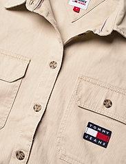 Tommy Jeans - TJW CROPPED UTILITY SHIRT - kläder - sugarcane - 2