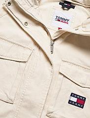 Tommy Jeans - TJW COTTON FIELD JACKET - tunna jackor - sugarcane - 3