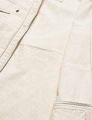 Tommy Jeans - TJW COTTON FIELD JACKET - tunna jackor - sugarcane - 5