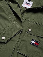Tommy Jeans - TJW CROP UTILITY JACKET - utility jackets - desert olive - 2