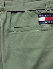 Tommy Jeans - TJW UTILITY MINI SKIRT - korta kjolar - desert olive - 4