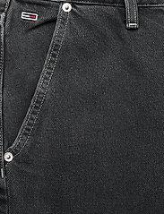 Tommy Jeans - MOM JEAN CARGO SVBKR - mom jeans - save ps bk rig - 2