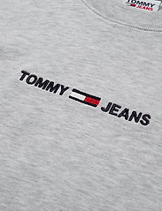 Tommy Jeans - TJW BXY CROP LINEAR LOGO TEE - crop tops - silver grey htr - 2