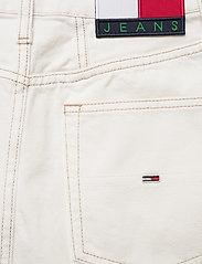 Tommy Jeans - A-LINE SHORT DENIM SKIRT SSPWR - jeanskjolar - save sp white rgd - 4
