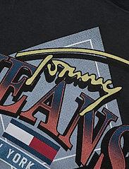 Tommy Jeans - TJW VINTAGE GRAPHIC TEE DRESS - sommarklänningar - black - 2