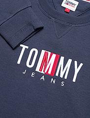 Tommy Jeans - TJW BXY TIMELESS BOX SWEATSHIRT - sweatshirts & hoodies - twilight navy - 2