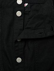 Tommy Jeans - TJW BADGE BUTTON THROUGH SKIRT - midi skirts - black - 3