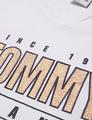 Tommy Jeans - TJW  SLIM METALLIC TOMMY TEE - t-shirts - white - 2