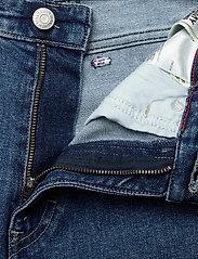 Tommy Jeans - MOM JEAN HR TPRD CRLBC - mom-jeans - critter lb com - 3