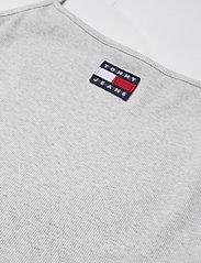 Tommy Jeans - TJW CENTER BADGE STRAP TOP - linnen - silver grey htr - 2