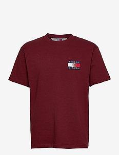 TJM CREST FLAG TEE M13 - kortärmade t-shirts - cabernet
