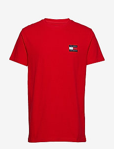 TJM TOMMY BADGE TEE - FLAME SCARLET
