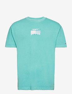 TJM TONAL FLAG TEE - kortärmade t-shirts - chlorine blue