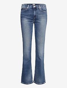 MADDIE MR BOOTCUT EVMBCF - utsvängda jeans - evelin mid blue comfort