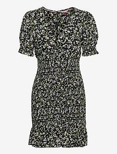 TJW SMOCK BODY FLORAL DRESS - sommarklänningar - floral print