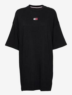 TJW ESSENTIAL BADGE TEE DRESS - robes d'été - black