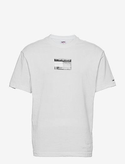 TJM TONAL FLAG TEE - t-shirts - white