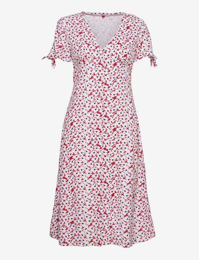 TJW PRINTED BUTTON MIDI DRESS - vardagsklänningar - camo floral print