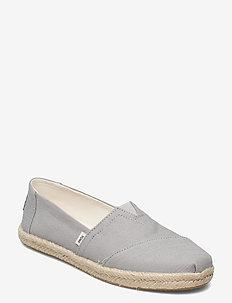 Drizzle Grey Slubby Woven - loafers - grey