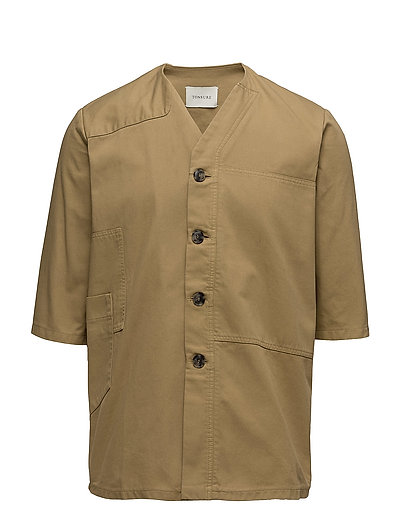 Short sleeve shirt with shoulder patch and pockets - SAND