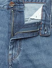 Totême - ORIGINAL DENIM - straight jeans - washed blue 405 - 3