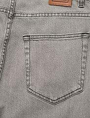 Totême - FLAIR DENIM - szerokie dżinsy - light grey wash 301 - 4