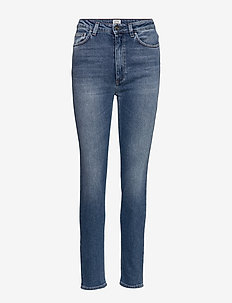 NEW STANDARD DENIM - slim jeans - mid blue wash 410