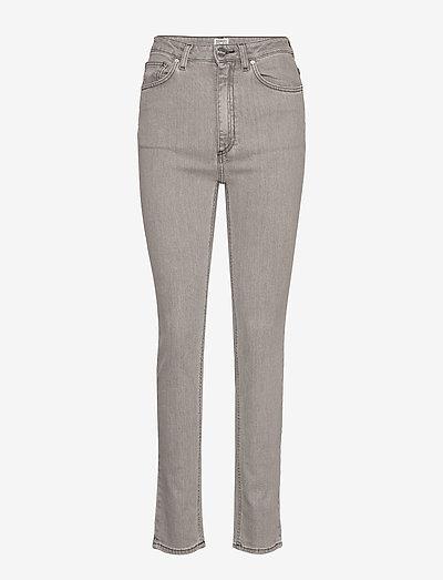 NEW STANDARD DENIM - slim jeans - light grey wash 301