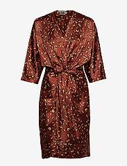 Twist & Tango - Georgina Dress Mini - omlottklänningar - terracotta leo - 1