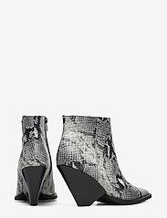 Twist & Tango - Dallas Boots - ankelstøvler med hæl - grey snake - 4