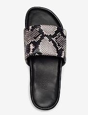 Twist & Tango - Split Sandals - platte sandalen - grey snake - 4