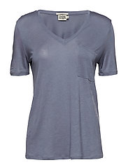 Iris Pocket Tee - GREYISH BLUE