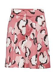 Kaisa Shorts - ROSE LEO