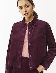 Twist & Tango - Angela Cord Jacket - vestes legères - deep purple - 3