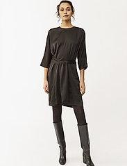 Twist & Tango - Angelica Dress - sukienki do kolan i midi - black - 0