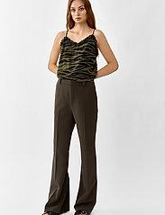 Twist & Tango - Victoria Trousers - bukser med brede ben - dark khaki - 3