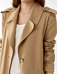 Twist & Tango - Eve Trenchcoat - trenchs - dark beige - 4