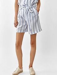 Twist & Tango - Brooke Shorts - casual shorts - blue/white - 3