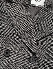 Twist & Tango - Loretta Coat - wełniane płaszcze - graphic check - 2