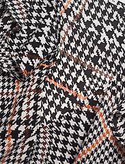 Twist & Tango - Doris Blouse - långärmade blusar - graphic dogdstooth - 2