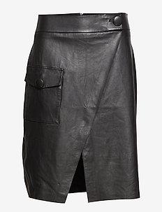 Penny Skirt Black - BLACK