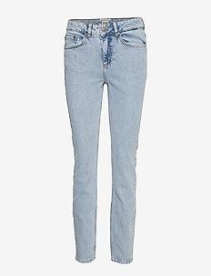 Julie Jeans - BLUE WASH