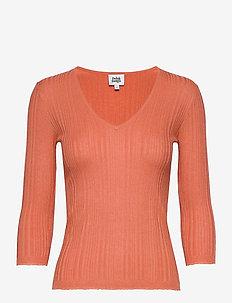 Sabina Knitted Tee - strikkede topper & t-skjorter - peach
