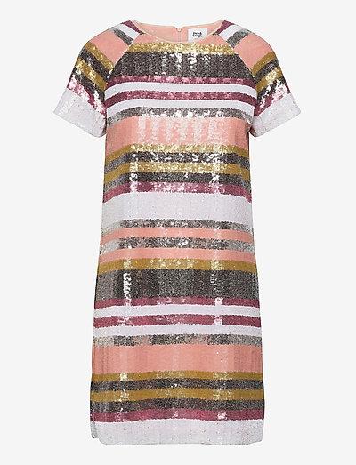 Pernilla Sequin Dress - pailletkjoler - sequin stripe