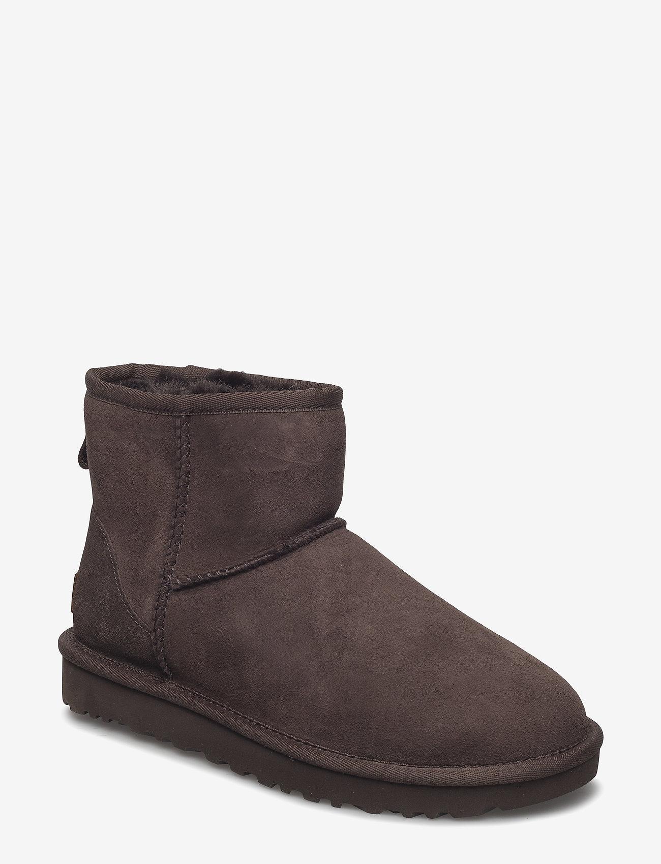 UGG - W Classic Mini II - flat ankle boots - chocolate - 0