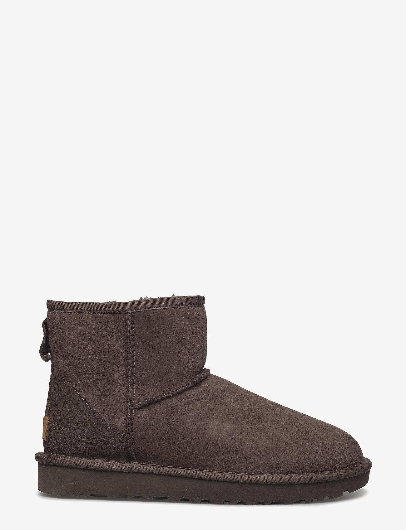UGG - W Classic Mini II - flat ankle boots - chocolate - 1