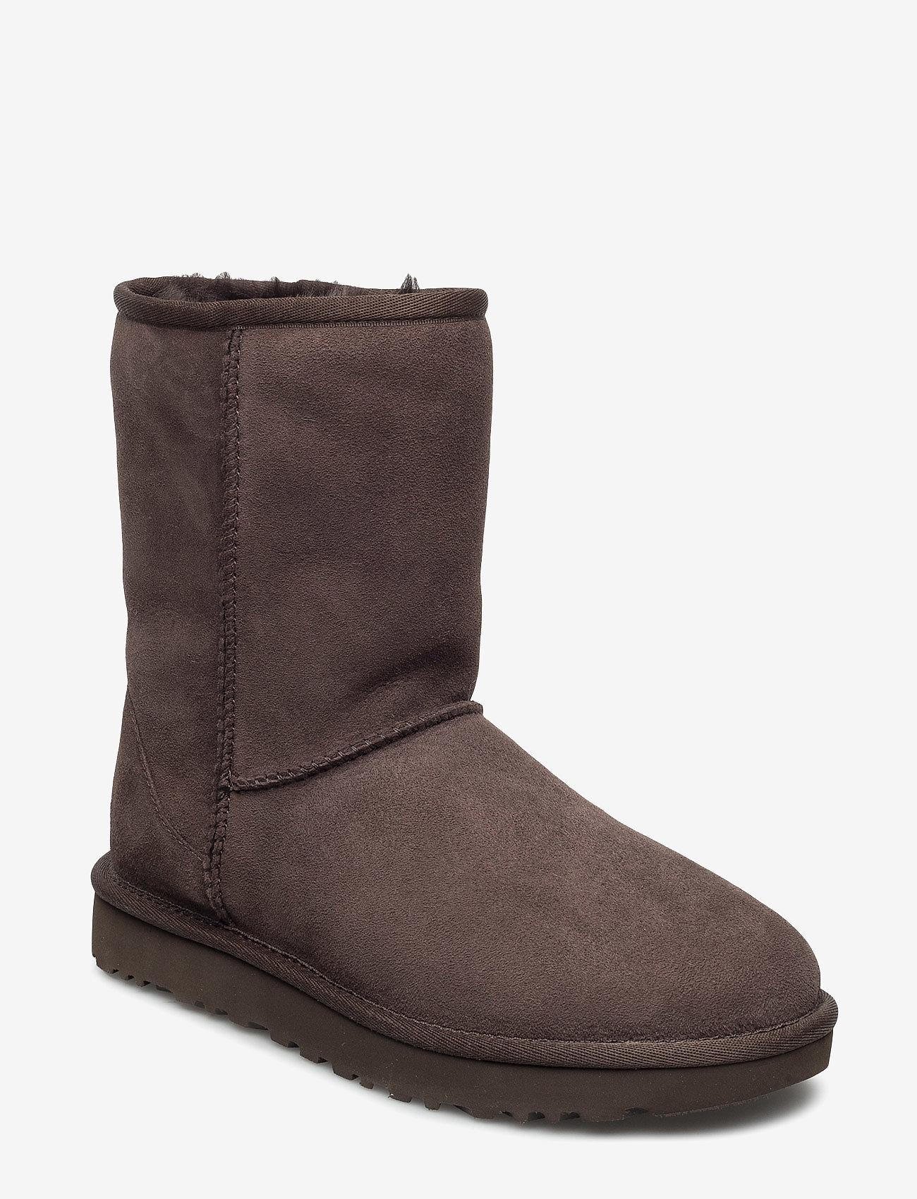 UGG - W Classic Short II - flade ankelstøvler - chocolate - 0