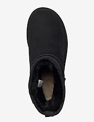 UGG - W Classic Mini II - flat ankle boots - black - 3