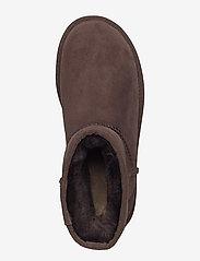 UGG - W Classic Mini II - flat ankle boots - chocolate - 3